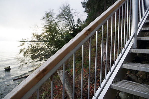 shoreline-design-metal-stairs-015