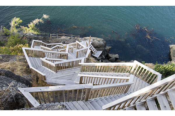 shoreline-design-wood-stairs-036