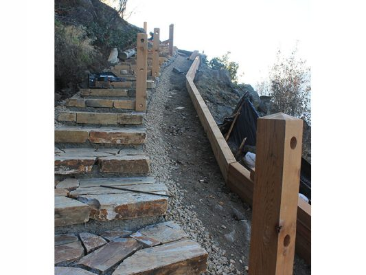shoreline-design-stone-stairs-001